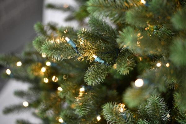 Kunstkerstboom Kentucky LED 2